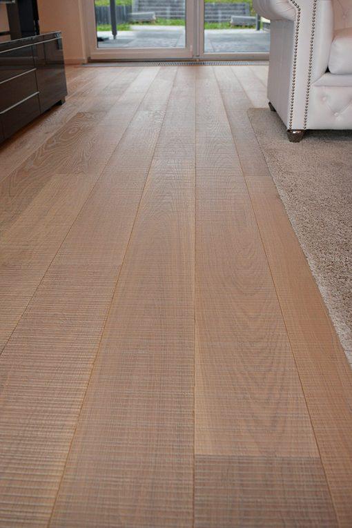 drevena-podlaha-2vrstva-esco-harfa-prirodni-v-interieru