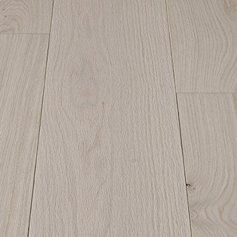 drevena-podlaha-berthold-atelier-julia-tmave-sedy-hladky