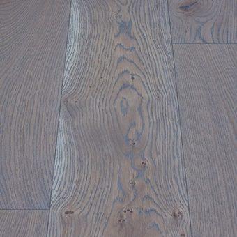 drevena-podlaha-berthold-atelier-paolo-svetle-sedy-jemne-kartacovany