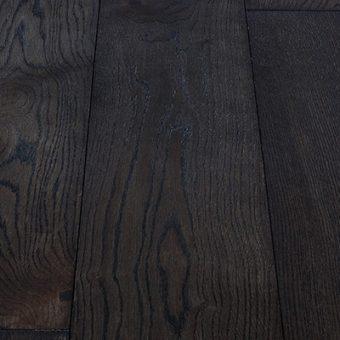 drevena-podlaha-berthold-atelier-roberto-cernohnedy-jemne-kartacovany