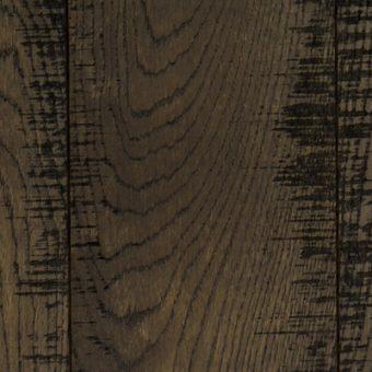 drevena-podlaha-berthold-studio-julian-katrovany-zakoureny-louhovany-cerny-olej