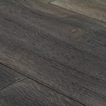 drevena-podlaha-berthold-studio-kevin-rucne-hoblovany-ohorely-louhovany-bily-olej-2