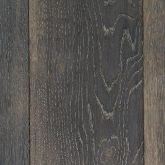 drevena-podlaha-berthold-studio-kevin-rucne-hoblovany-ohorely-louhovany-bily-olej
