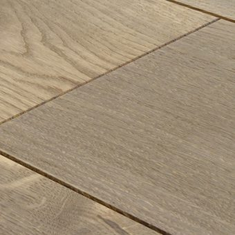 drevena-podlaha-berthold-studio-luca-moreny-prirodni-olej