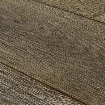drevena-podlaha-berthold-studio-patricia-ohorely-kartacovany-bily-louh-kastanovy-olej-2