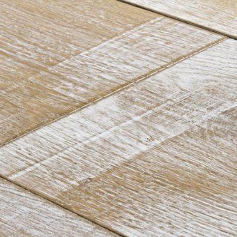 drevena-podlaha-berthold-studio-rico-hoblovany-zakoureny-bily-olej-lesteny