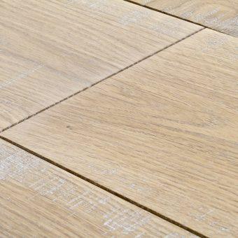 drevena-podlaha-berthold-studio-viktor-lehce-zakoureny-bily-olej-2