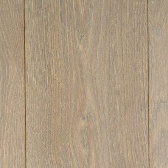 drevena-podlaha-berthold-studio-matteo-rucne-hoblovany-kartacovany-zakoureny-vanilkovy-olej