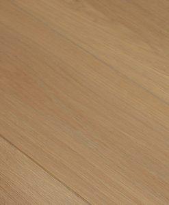 masivni-drevena-podlaha-esco-chateau-basecoat