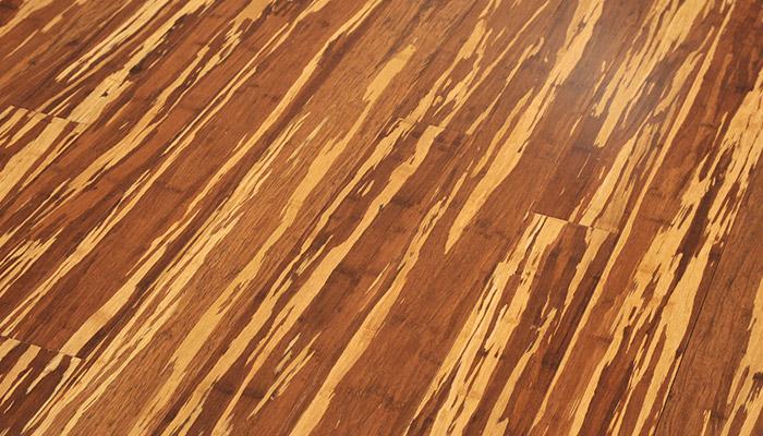 bambusova-podlaha-masiv-pfwcze-mramor-zebra