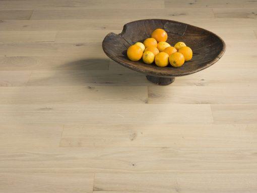 drevena-podlaha-par-ky-elegant-20-milk-oak-rustic-e20r103-v-interieru