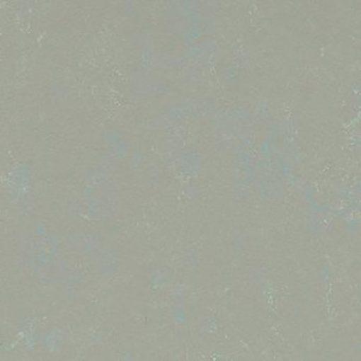 marmoleum-modular-colour-blue-dew-t3714