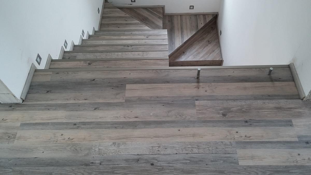 vinylové schody a podlaha