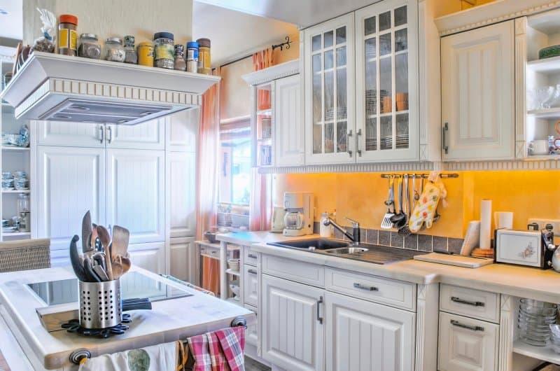 Kuchyně ve venkovském stylu.