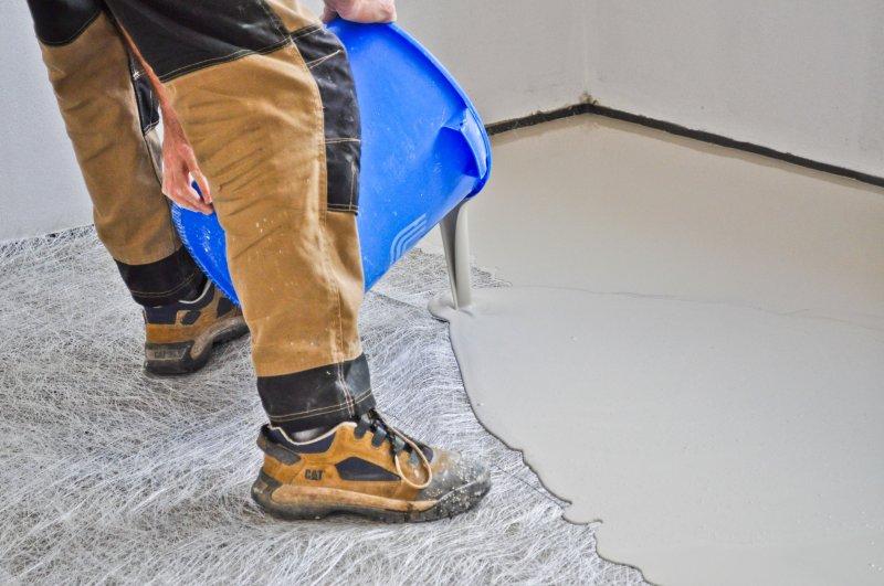 mp9006-jak-pripravit-podklad-pod-podlahu-nivelacni-hmota-mojepodlaha-cz