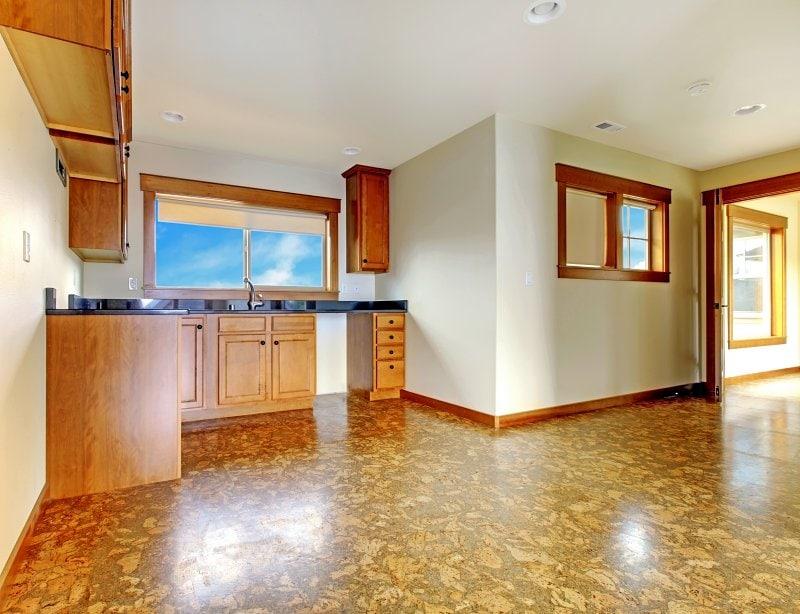 Korková podlaha.